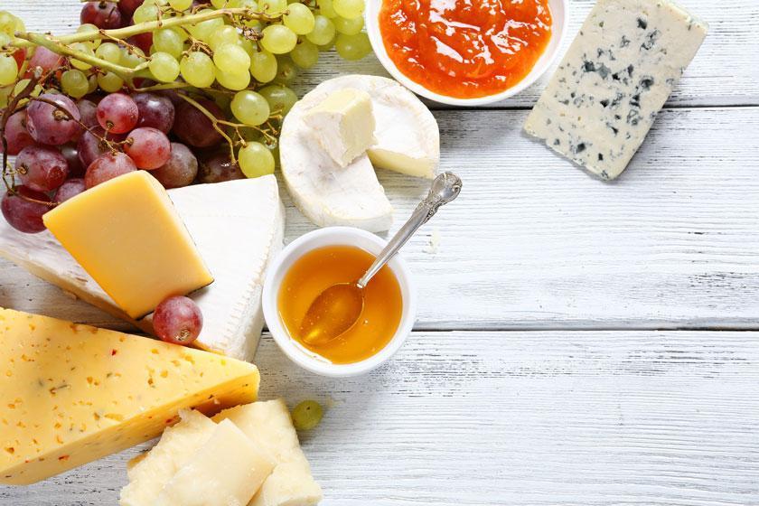 مشهورترین پنیرهایی که باید بشناسید