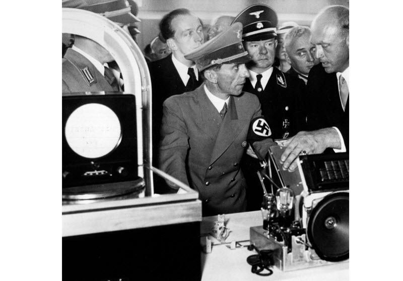 گوبلز و ایده رادیوی مردم - گیرنده رادیویی ارزانی که فقط ایستگاه های ملی آلمان را می گرفت!