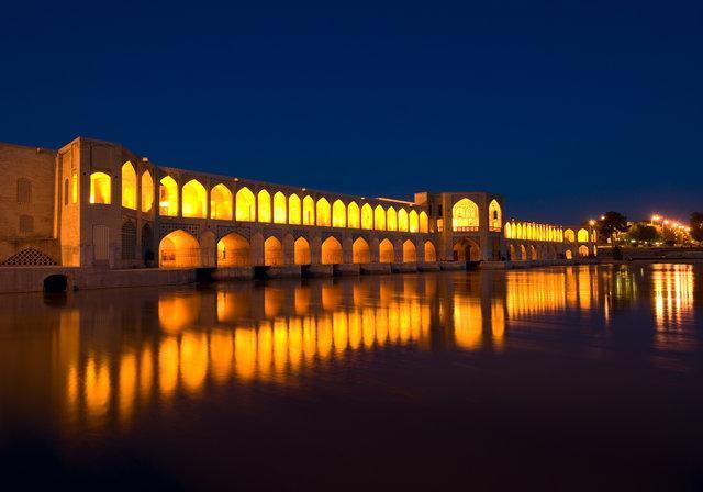 تبلیغ گاردین برای سفر به ایران