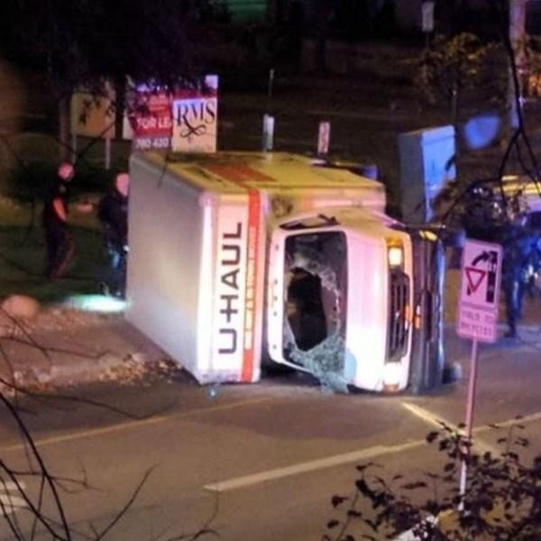 زخمی شدن 5 تن در 2 اقدام تروریستی در کانادا