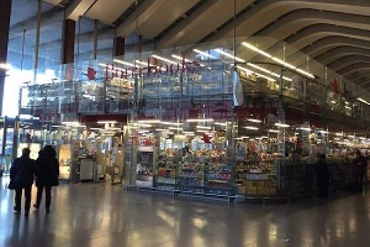 کتابفروشی ها در ایتالیا شروع به کار کردند