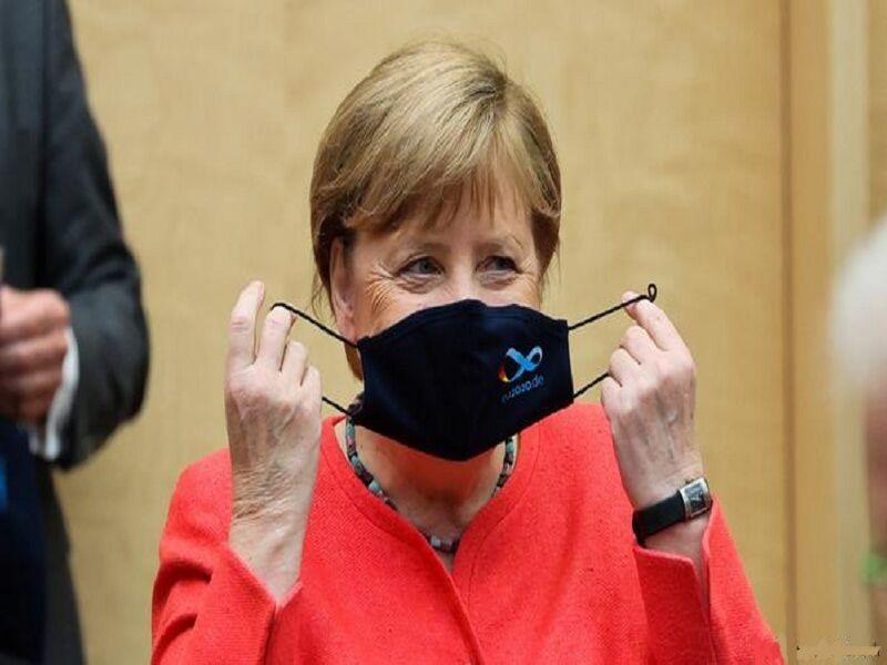 آلمان مقررات استفاده اجباری از ماسک را لغو نمی کند