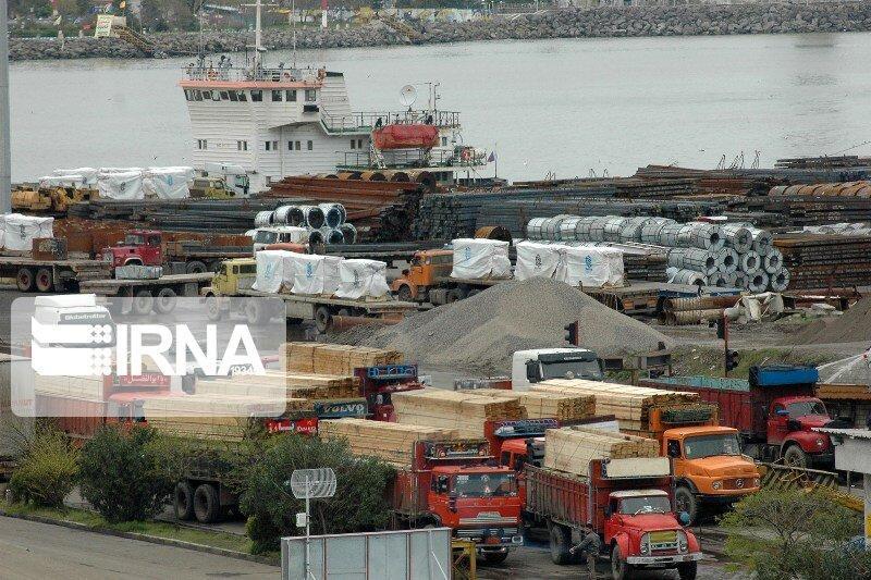 خبرنگاران ارزیابی طرح اخذ مالیات از زنجیره صادرات فولاد