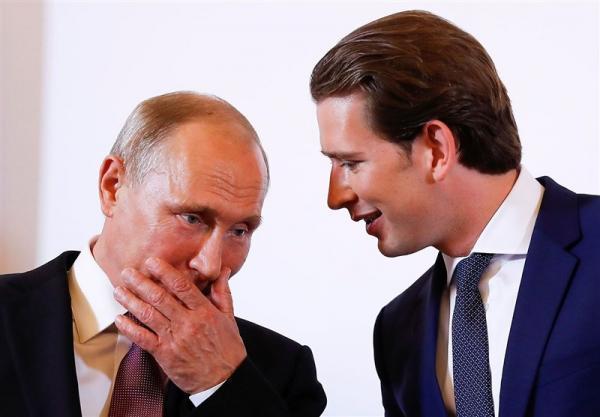 گفتگوی تلفنی کورتس و پوتین برای فراوری واکسن روسی در اتریش