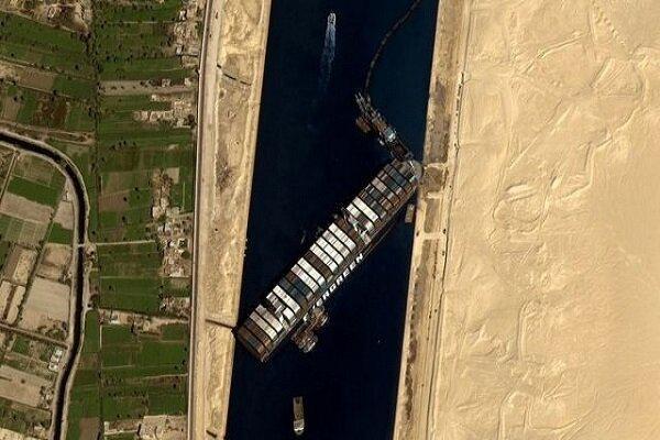 کوشش جدید برای شناور کردن کشتی بزرگ باربری در کانال سوئز