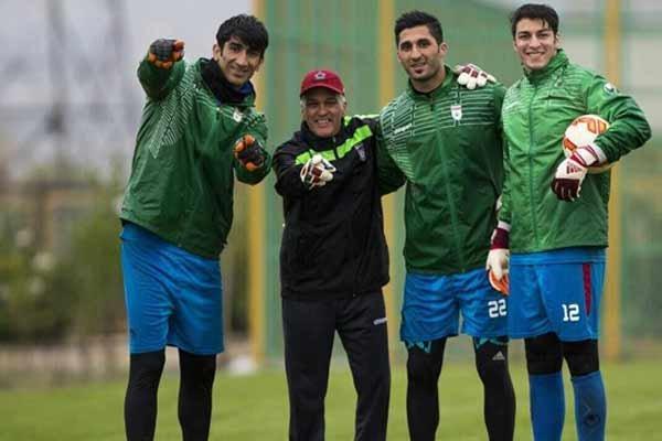 فدراسیون فوتبال طلب دستیار کی روش را پرداخت کرد