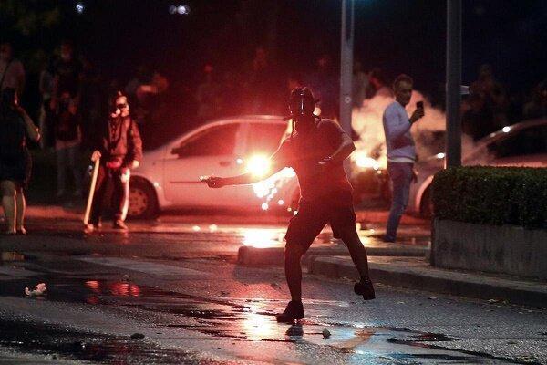 تور یونان: اعتراضات در یونان با دخالت پلیس به خشونت کشیده شد
